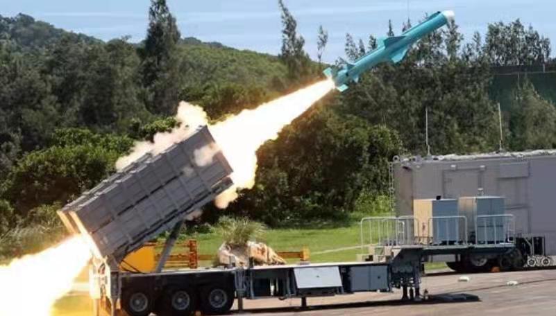 两岸快评:反问民进党当局,生产射程覆盖大陆的导弹,敢发射吗?