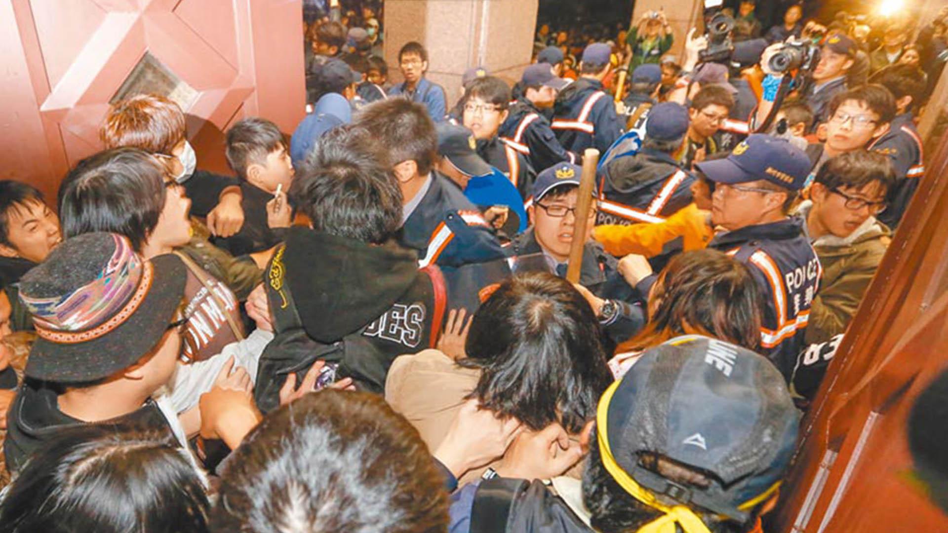國臺辦回應近期兩岸熱點問題 馬英九被控殺人未遂獲判無罪圖片