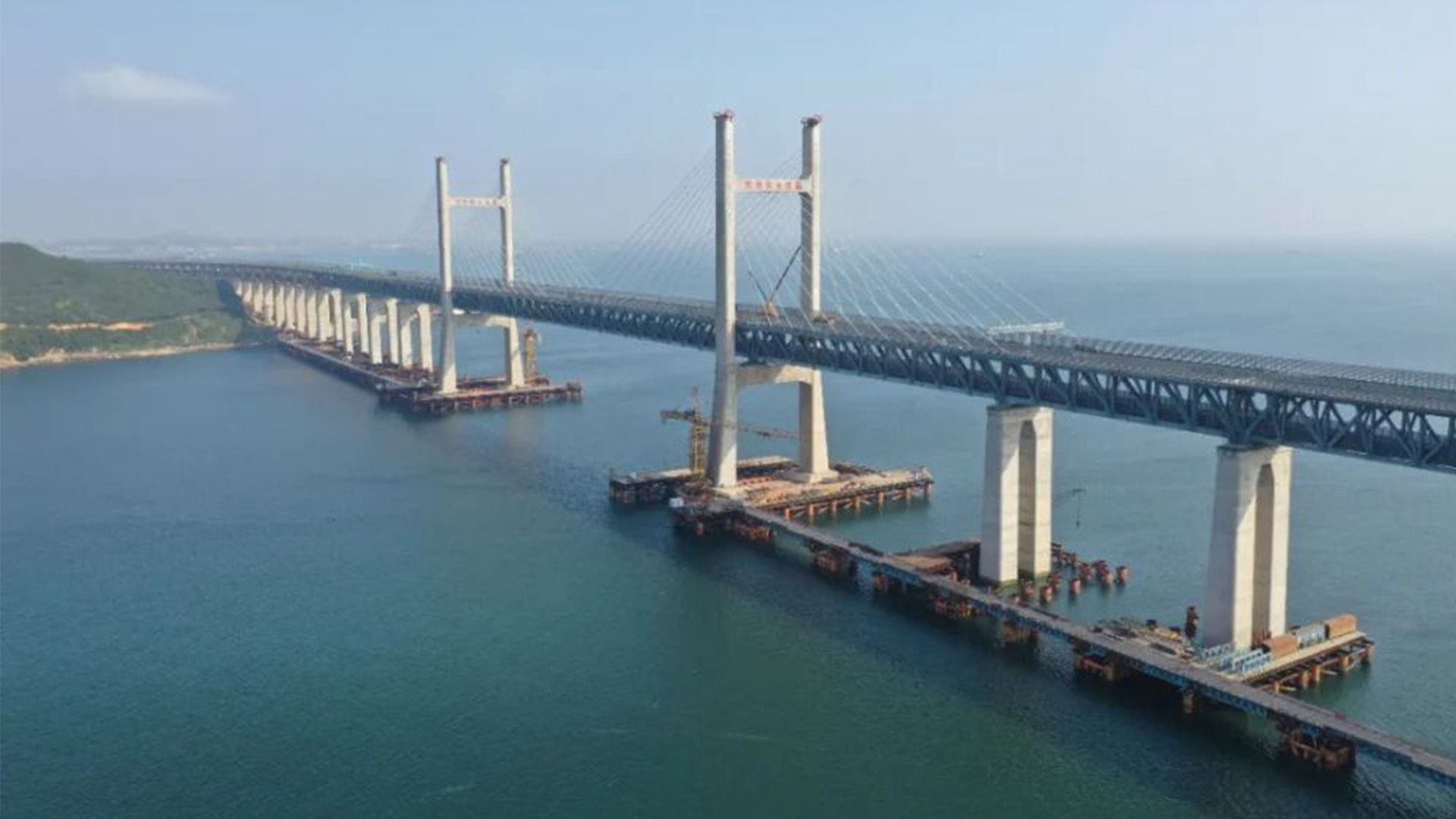 福平鐵路正式開通運營 平潭海峽公鐵大橋同步投入使用圖片