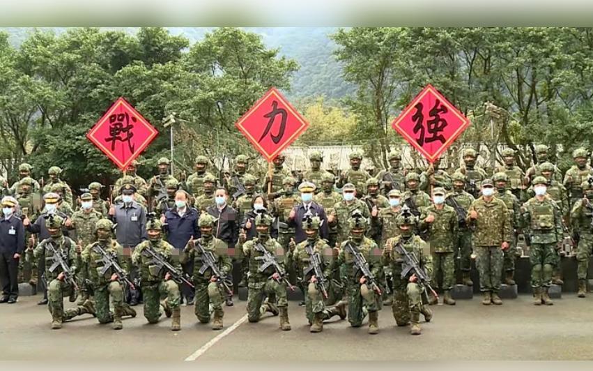 台军表示去年侦获解放军军机2000架次游锡堃妄求美国图片