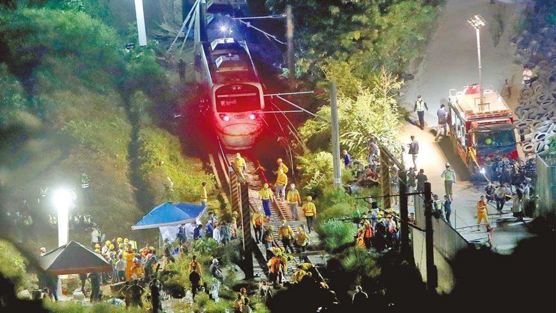 大陸方面高度關切臺鐵列車脫軌事故,向傷亡同胞表示哀悼和慰問圖片