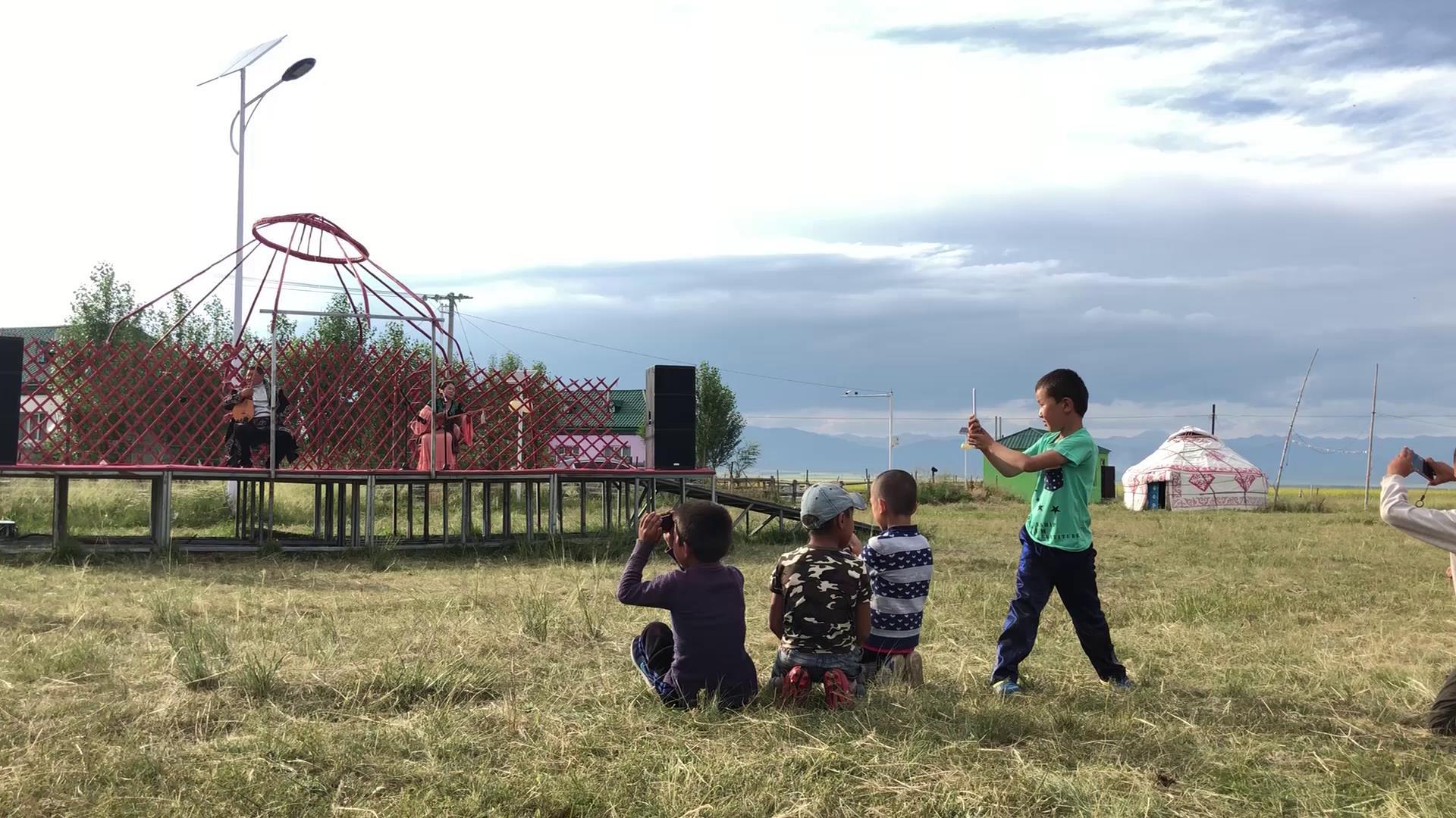 能与新疆美景相媲美的 一定是那淳朴的民风图片