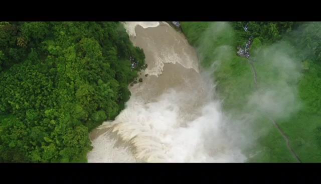 震撼!航拍黃果樹大瀑布圖片