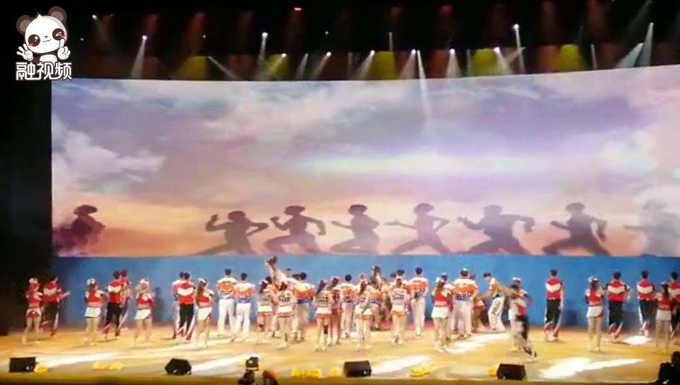 两岸青年共舞海峡论坛舞台 我们都是追梦人!图片