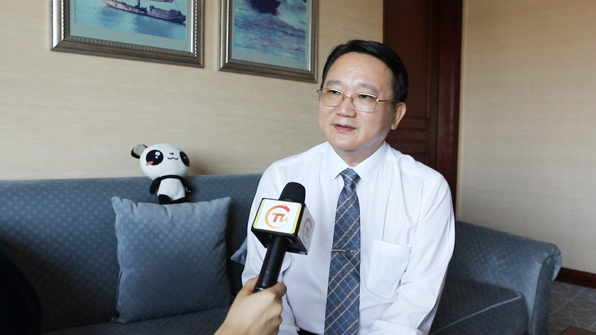 自1997年来到大陆,20多年来,中华民族致公党主席陈柏光不仅见证了大陆经济的高速……