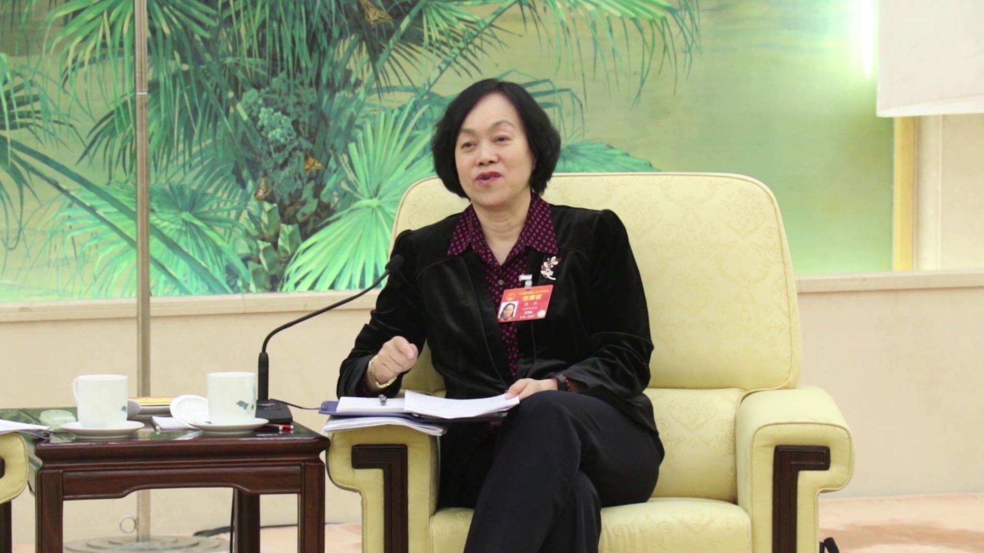 两岸交流趣闻:陈军代表救场台湾龙舟代表队图片